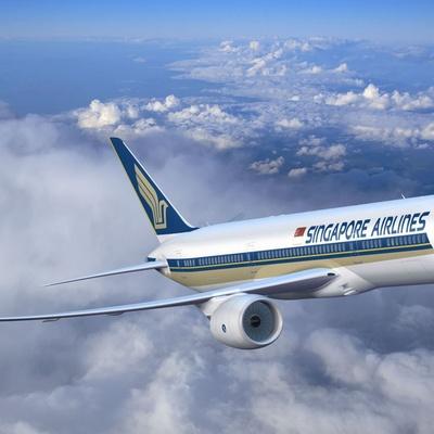 Самолет сингапурских авиалиний совершил самый длительный в истории беспосадочный перелет