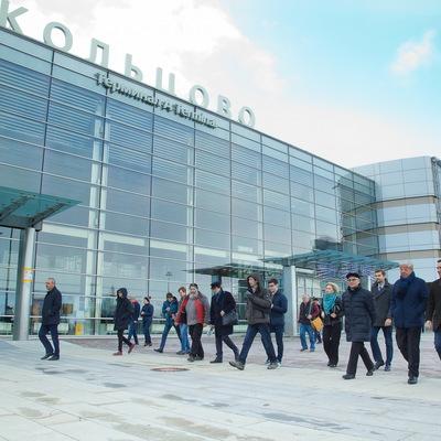 У мужчины в районе аэропорта Кольцово украли 30 млн рублей