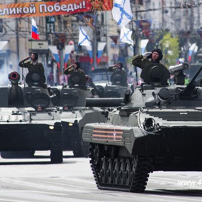 Военная техника ко дню Победы перевезена на улицу Нижние Мнёвники