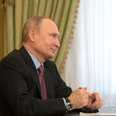 Владимир Путин провёл совещание по подготовке к