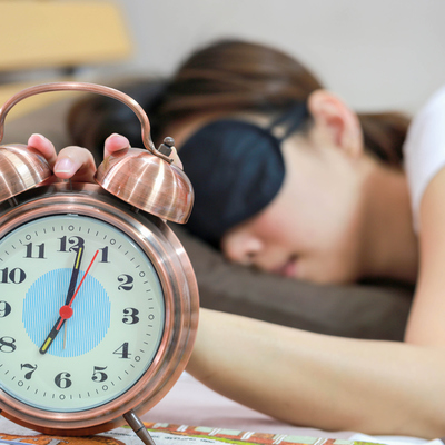 Британские учёные рассказали, сколько нужно спать, чтобы быть красивым