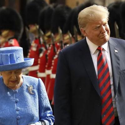 Елизавета II пожаловалась на испорченный вертолётами Трампа газон