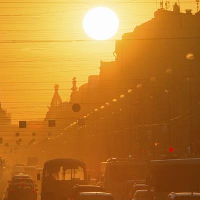 Синоптики заявили о приходе аномальной жары в Россию