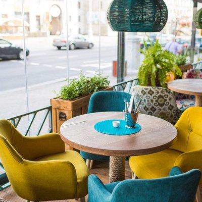 Госдума поддержала в I чтении запрет продажи алкоголя в маленьких кафе в жилых домах