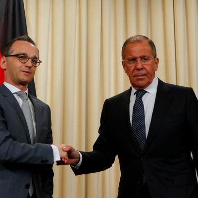 Сергей Лавров проводит в Бонне переговоры с немецким коллегой Хайко Маасом