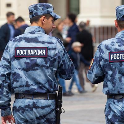 В Петербурге арестовали сотрудников Росгвардии — фигурантов дела о подброшенных наркотиках
