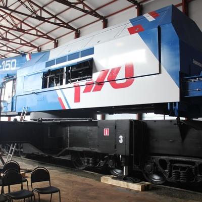 В Челябинске создали железнодорожный кран с грузоподъемностью в 150 тонн