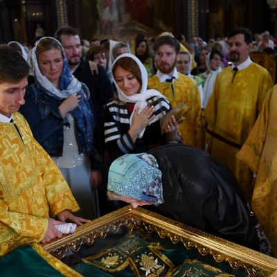 Мощам Петра и Февронии поклонилось свыше 75 тысяч человек