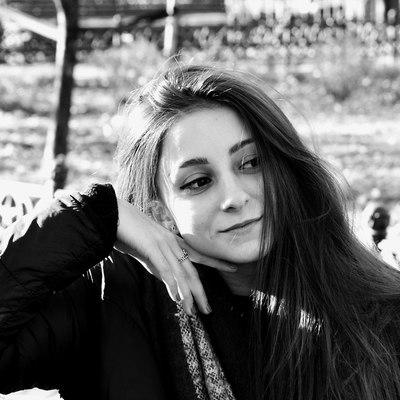 Стася Никольская