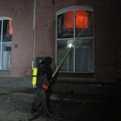 Число жертв пожара в одесском отеле выросло до девяти