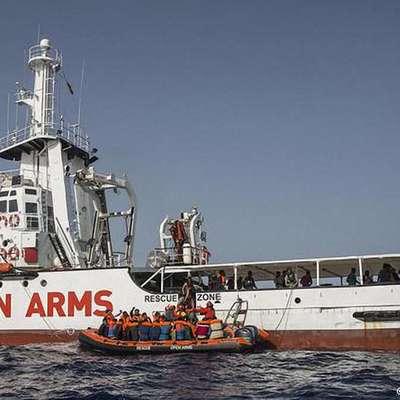 Итальянская прокуратура наложила арест на судно испанской НПО Open Arms