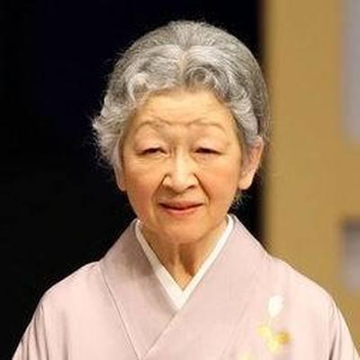 Почетная императрица Японии Митико отмечает свое 85-летие