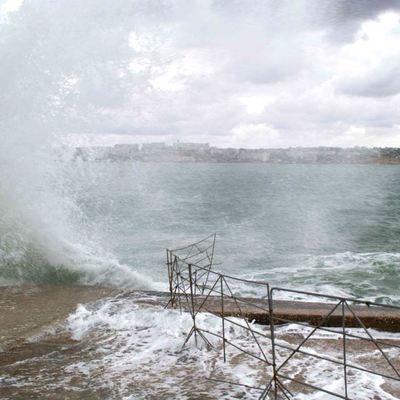 Энергетики устраняют последствия крымского шторма