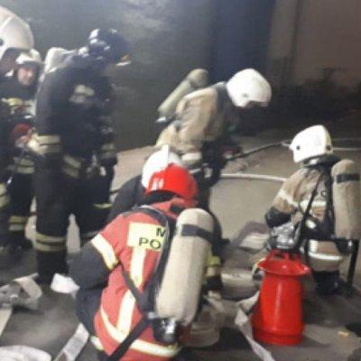 МЧС увеличивает группировку сил и средств для тушения пожара на заводе ВИЗ-Сталь