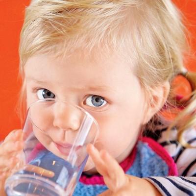 Роскачество не обнаружило небезопасной детской воды