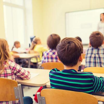 Российским учителям предложили изменить систему расчета зарплаты