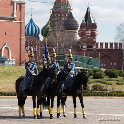 ФСО 19 октября завершит сезон проведения развода пеших и конных караулов в Кремле