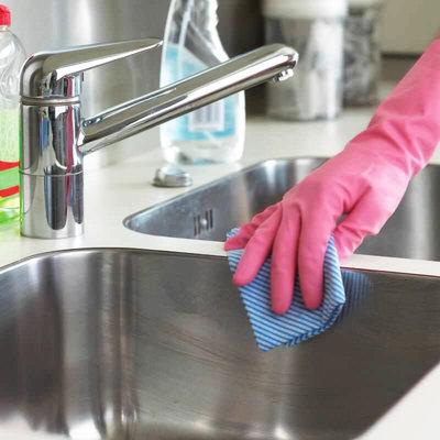 Самое грязное место в квартире – это кухонная раковина