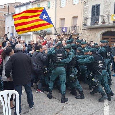 В Каталонии в ходе забастовки пострадали почти 90 человек