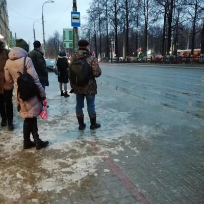 Более 1200 жителей Пермского края пострадали из-за гололёда