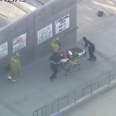 Женщина, получившая ранение при стрельбе в школе в Санта-Кларите, умерла