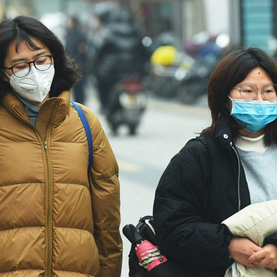 Ситуация в Китае на фоне распространения нового коронавируса остается сложной