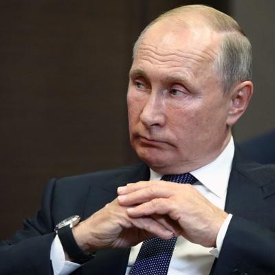 Путин поручил к 1 июля оформить нормы о защите прав граждан при обработке их данных