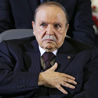 Бывший президент Алжира Абдельазиз Бутефлика умер в возрасте 84 лет