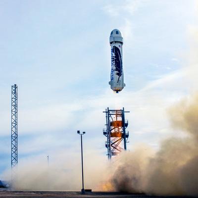 Корабль New Shepard компании Blue Origin начал второй пилотируемый полет