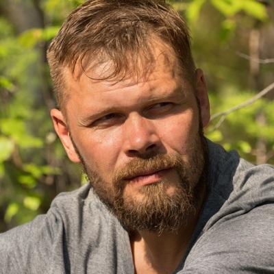 Павел Скучас