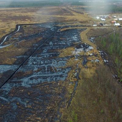 Разлив нефти произошёл в Усинском районе Коми