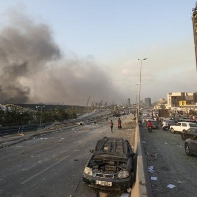 Президент Ливана допустил причастность внешних сил к взрыву в Бейруте