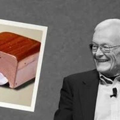 В США умер один из создателей первой компьютерной мыши Уильям Инглиш