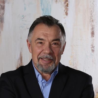 Михаил Гинзбург