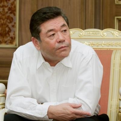 Орденом восходящего солнца награжден предприниматель и японовед Ф. Шодиев