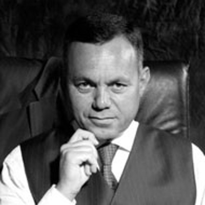 Александр Арутюнов