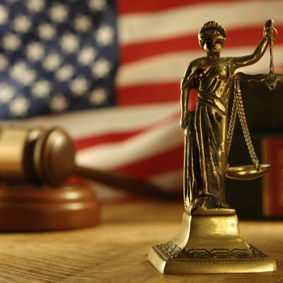 Суд обязал компанию Вайнштейна выплатитьболее $17 млн пострадавшим женщинам