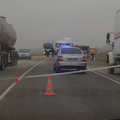В Усть-Лабинском районе Кубани столкнулись три автомобиля