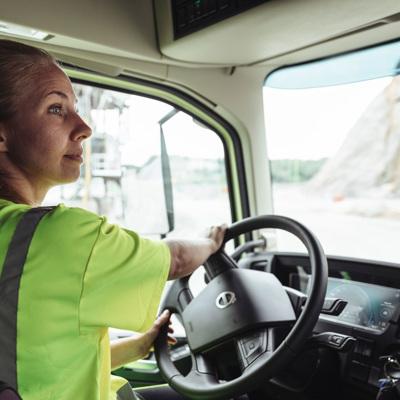 В Москве упростили правила получения пропусков для грузовиков массой свыше 3,5т