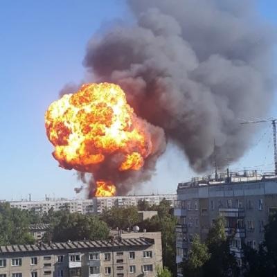 Шестнадцать человек пострадали при пожаре в Новосибирске