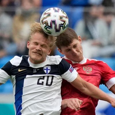 Сборная России со счетом 1:0 обыграла команду Финляндии в матче ЧЕ по футболу