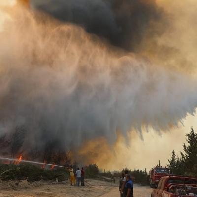 Россияне не обращались в генконсульство в Анталье из-за пожаров в городе