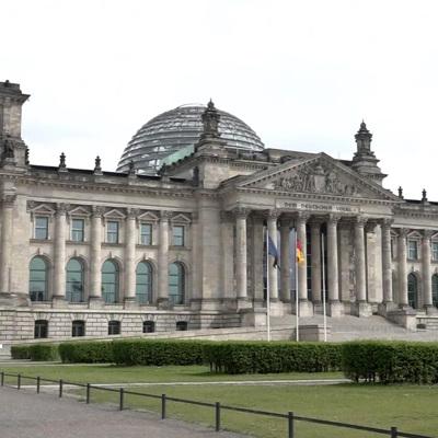 В центре Берлина собрались очереди при входе на избирательный участок