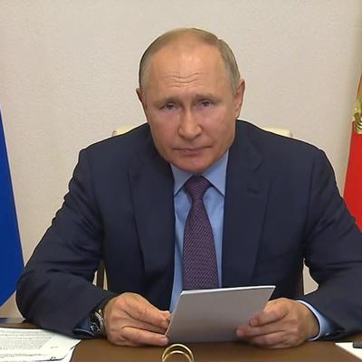 Путин сообщил, что в его окружении коронавирусом заболелинесколько десятков человек