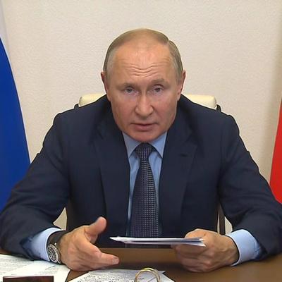 Путин проводит встречу с лидерами партий, прошедших в Госдуму 8 созыва