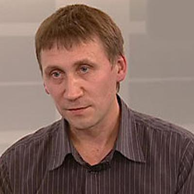 Леонид Старков