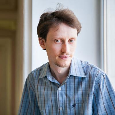 Илья  Щуров