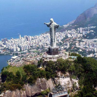Традиционный карнавал в Рио-де-Жанейро перенесли из-за коронавируса