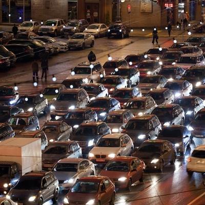 Девятибалльные пробки ожидаются в Москве вечером 11 декабря