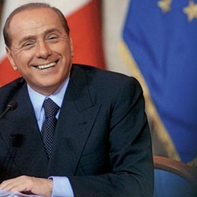 Берлускони предложил провести референдум об автономии во всех итальянских областях